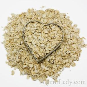 bigstockphoto_Heart_Filled_With_Oatmeal_Surr_4998868