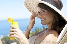 7 головних питань про догляд за шкірою на морі