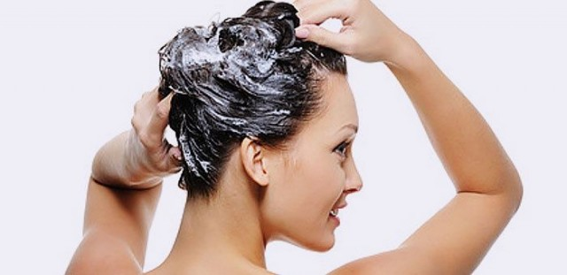 Як мити голову