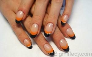 Ідеї осіннього манікюру золоте відображення на нігтях1