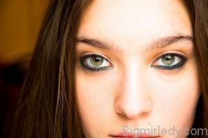 Як носити кольоровий лайнер для очей восени 1