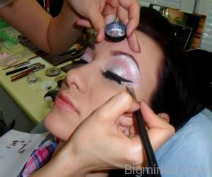 Вечірній макіяж в ретро стилі - 9