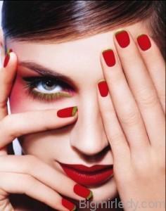 Малюнки на червоних нігтях  1