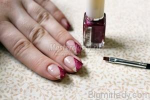Майстер-клас з розпису нігтів «Білі троянди»3