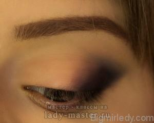 Макіяж для великих очей «скошена діагональ в олівцевій техніці» 1