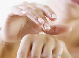 Прищі на руках сверблять - чому, як лікувати