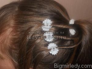 Святкова зачіска для дівчинки в домашніх умовах 2