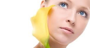 Атравматична чистка обличчя: ефективне очищення шкіри
