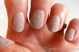 Оксамитовий пісок на нігтях 4