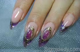 Дизайн нігтів рідкі камені