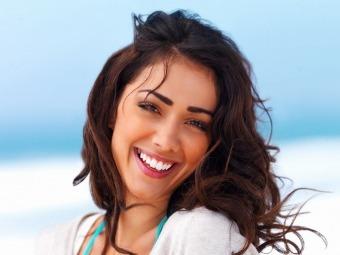 Як відбілити зуби в домашніх умовах: радить стоматолог
