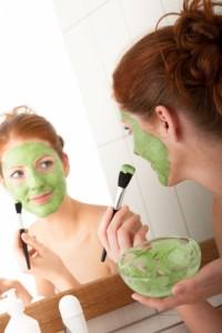 Як працює розпарювальна маска для обличчя