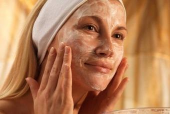 Як зробити свою шкіру блідою