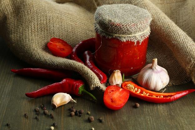 Рецепт аджика традиційна - секрети і тонкощі