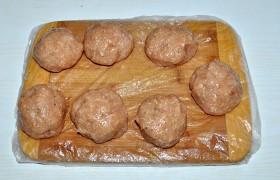 Рецепт котлети курячої зі шпинатом і яйцем 1