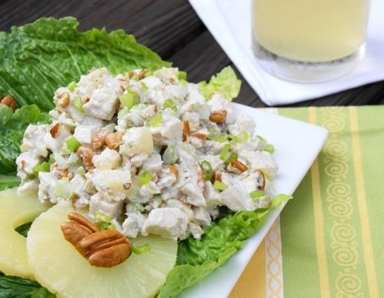 Куриный салат с ананасом и грецким орехом пошаговый рецепт