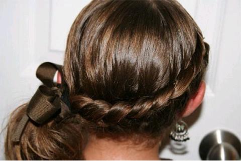 Гарні зачіски - як зробити в домашніх умовах 5