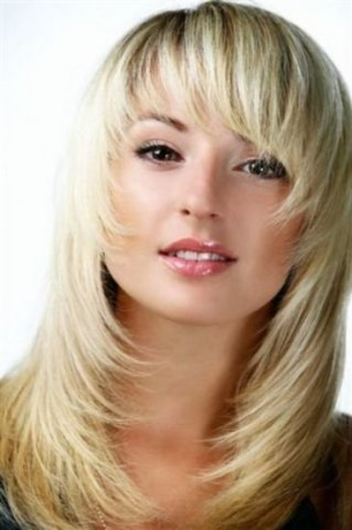 Зачіски з розпущеним волоссям – привабливі 2