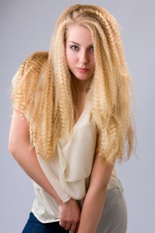 Зачіски з розпущеним волоссям – привабливі 5