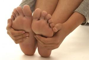 Мозолі на ногах що робити