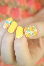 Літній дизайн нігтів – модні тенденції 4
