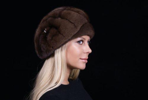 Модні тенденції шапок 2018 року. Корисна підбірка d79eb3e55364d