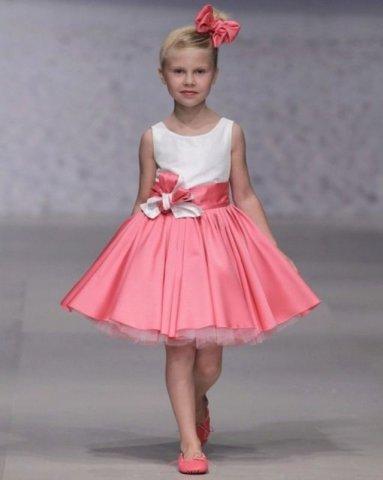 Новорічні плаття для дівчаток 2018 – це унікальні моделі 9aedeca30747f