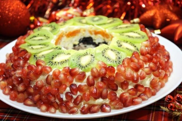 Салати на день народження. Цікаві та смачні рецепти