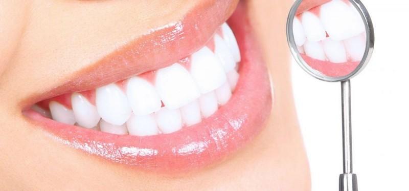 Як відбілити зуби – підбірка найкращих способів - 0f1bdd5092d98