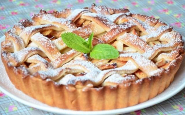 Пиріг з яблуками рецепт. Смачна та корисна підбірка