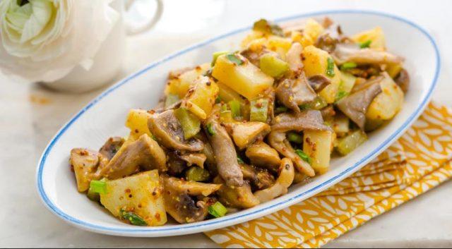 Пісні салати з грибами – підбірка найсмачніших рецептів