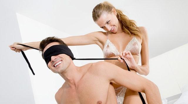 Сценарії еротичних ігор - хуліганство порядних людей
