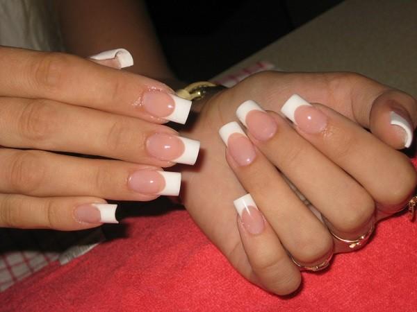 Як проводити нарощування нігтів правильно в домашніх умовах