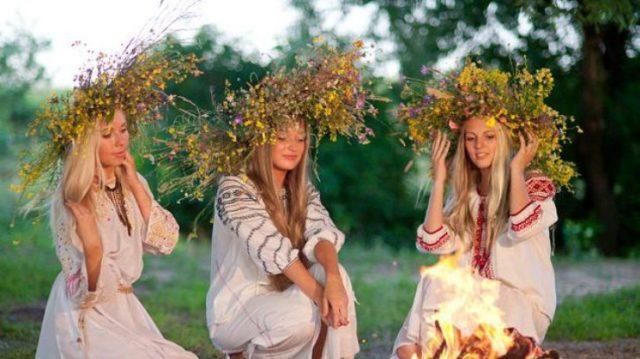 Ворожіння на Івана Купала. Підбірка цікавих магічних обрядів