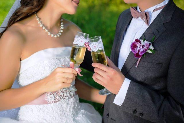 Місячний календар весілля на квітень 2020 року