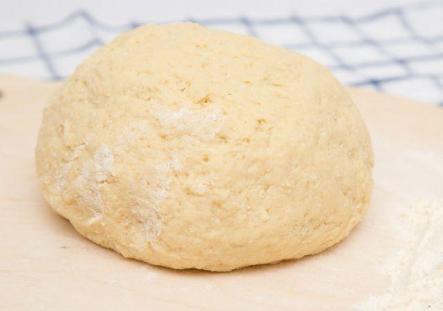 osinnij-tort-dlja-vsieji-simji-2jpg