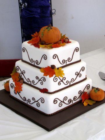 osinnij-tort-dlja-vsieji-simji-8